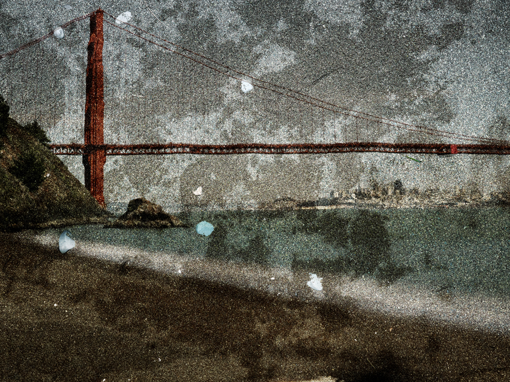 Tent-Camera-Image-on-Ground-View-of-the-Golden-Gate-Bridge-From-Kirby-Cove